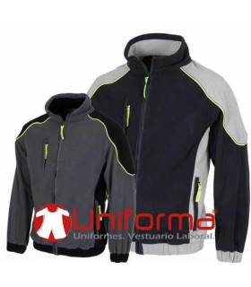 Fleece with zip close